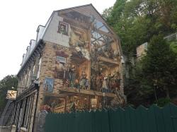 Neptune Inn Mural, Rue du Magasin-du-Roi